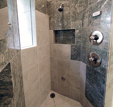 50)MelvilleSteamShower
