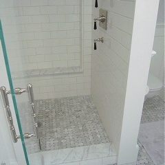 42)VallejoShower
